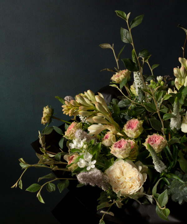 Ronny Colbie Henley bouquet detail